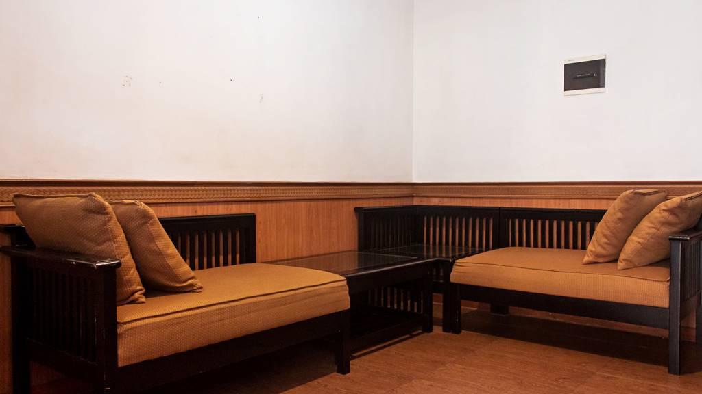 Hotel Duta Berlian Suite Room